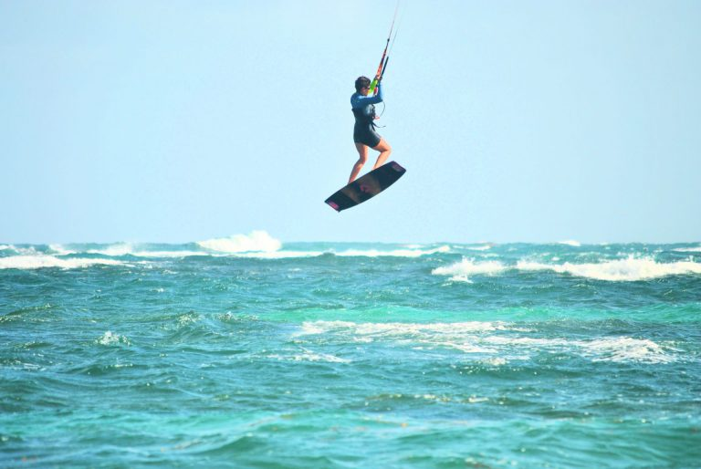 Kiteboarding with a rented kiteboard