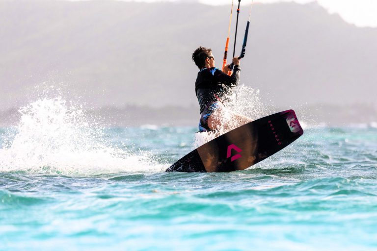 Kiteboarding on the waves